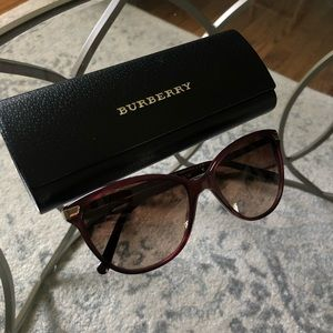 Burberry Sunglasses *NEVER WORN*